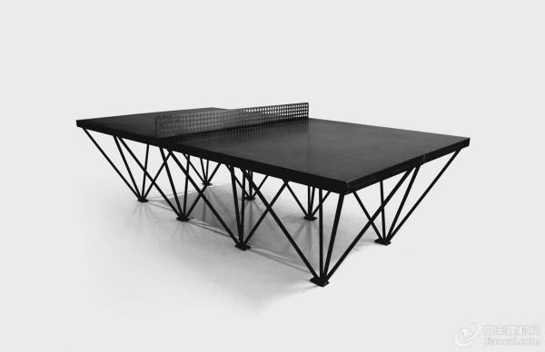 好者提供的室外乒乓球桌