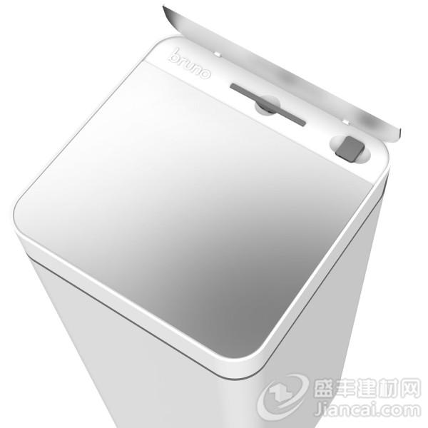垃圾桶是一个有趣的产品。每个家庭都至少有一个,它们通常是在你视线之外的东西,我们永远不会考虑到它们,直到需要更换一个新的。但Bruno垃圾桶不只是这样,它不仅仅是一个带有脚压盖或运动检测开关的废物容器,而是应用程序连接的智能设备,带有方便的构建在其基座的真空特性。 Bruno通过iOS和安卓应用程序连接到其智能设备 上,它会提醒你购买新的垃圾袋,然后在垃圾日提醒你把垃圾拿出去扔掉。其功能隐藏在一个迷你的全白中性设计中。