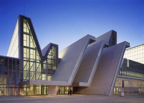 西班牙2008世博会的建筑风格介绍