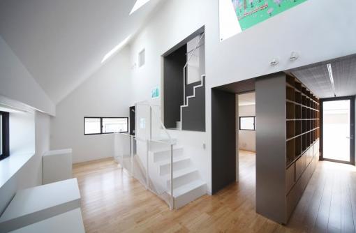 日本简约现代家庭住宅