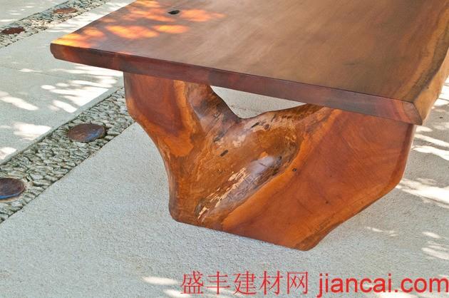 废弃木材打造豪华家具