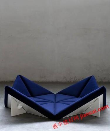 像是摇篮的椅子