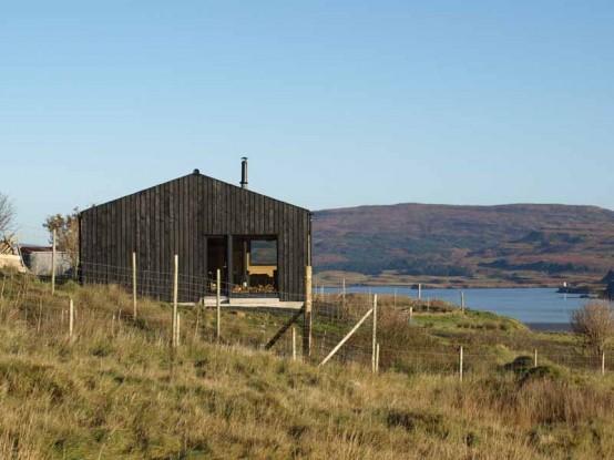 是一个又一个的小房子在斯凯岛农村的设计