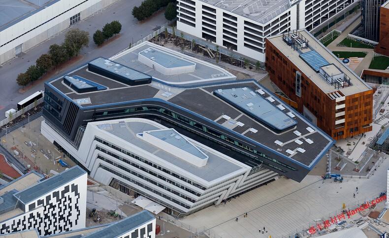 维也纳校园由扎哈哈迪德设计