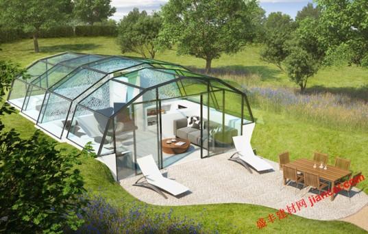可以住在玻璃房子里让你更健康?这背后的想法:对于光的空间,一个透明的小家充满自然光线。家是由总部位于伦敦的建筑师团队和科学家,是谁认为太阳光能够降低压力和改善健康和幸福设计。在未来的居住区域与智能手机应用程序得使用,可以在片刻让墙壁变暗,解决隐私问题。   能生活在一个玻璃房子是幸福的关键?空间设计师是这样认为。玻璃房屋是一个舒适的485平方英尺,可以阳光普照的奢侈品,从创建一个圆滑的结构高科技弧形墙壁级构造。随着玻璃幕墙,居民将享有从他们的客厅,厨房,卧室和浴室,甚至全景。对于33万美元造价的玻璃房子,
