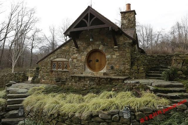 霍比特的石头平房设计