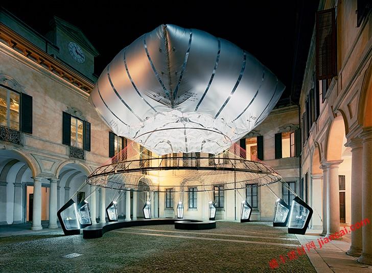 结构,零压缩元素,氦填充气球支撑整个结构