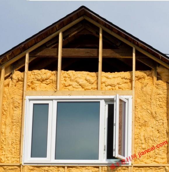 本网动态 >> 正文   喷涂泡沫保温是一种建筑保温,可以在墙壁,天花板