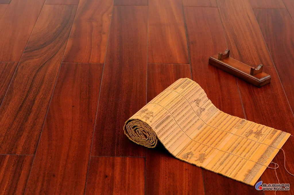 解析德尔地板的古典风格