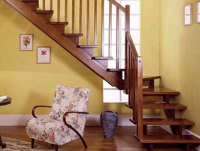 避免设计误区 小心楼梯让客厅变门厅