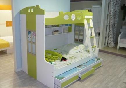 曲美,意风,红苹果,图腾宝佳等品牌陆续试水儿童家具产品.